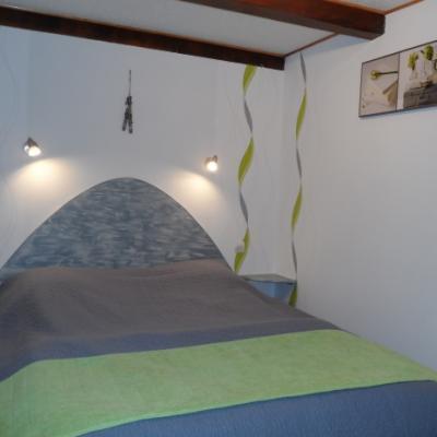 Chambre avec lit 160*200